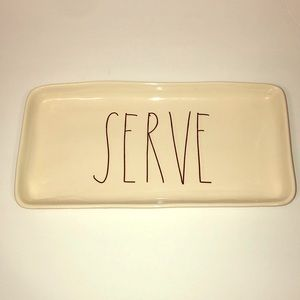 Rae Dunn serving plate